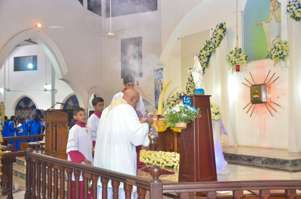 Vespers Service of the Queen Of Angels' Church